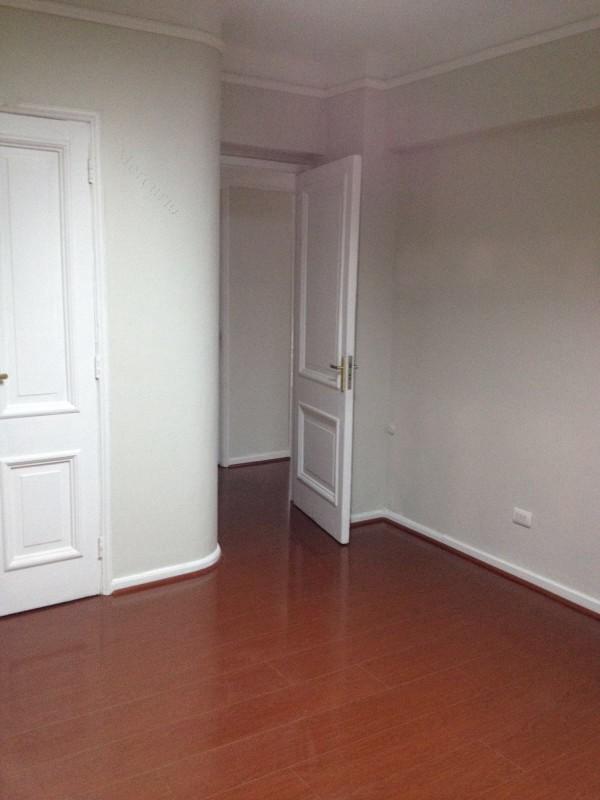 Oficina o casa oficina en arriendo en providencia 2 ba os for Arriendo oficina providencia