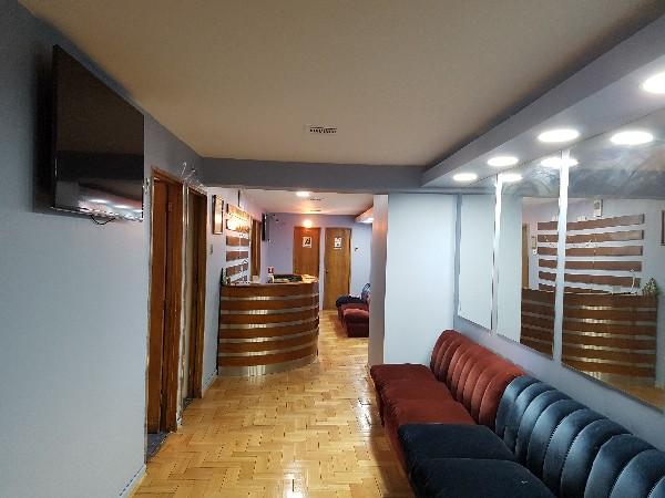 Casa para oficinas en santiago centro adidum for Oficina consumo santiago