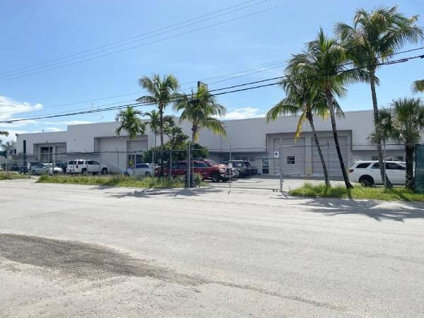 uf 4.700.000 propiedad industrial en venta en miami, usa hbn propiedades comerciales