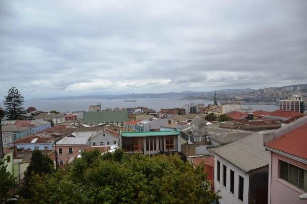 valparaiso 490.000 cerro alegre, lautaro rosas, loft amoblado, impecable, gran terraza vista mar. estacionamiento. 56962095061