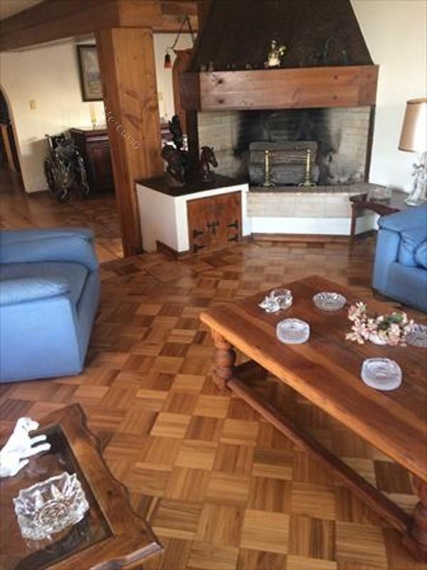 Casa en venta en vi a del mar 4 dormitorios 3 ba os 2018 for Bar piscina lago jardin 1