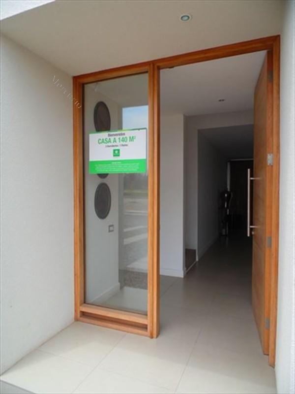 Baño Visita Bajo Escalera:Casa en Venta en Colina 3 dormitorios 3 baños 2016-11-19 Economicos